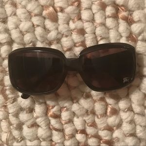 Burberry sunglasses made in Italy